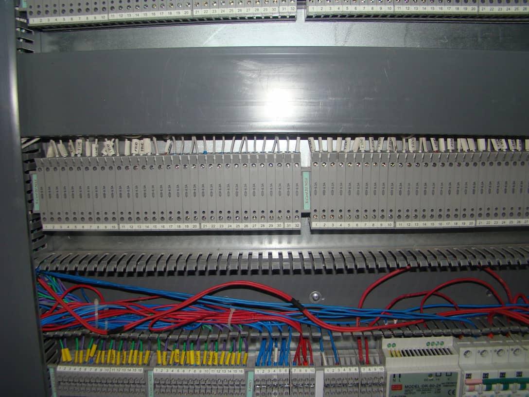 terminal cabling